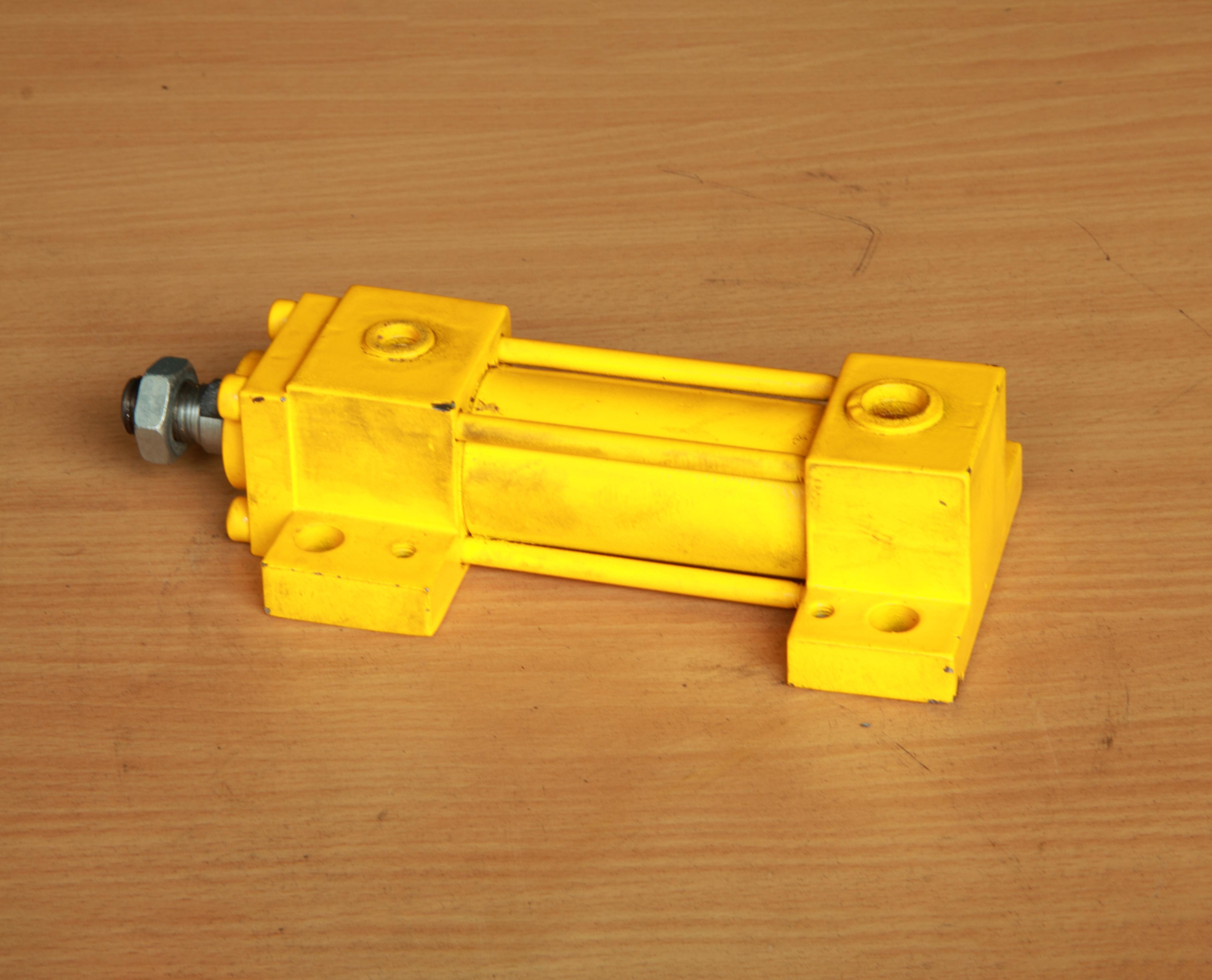 油缸QYC-21